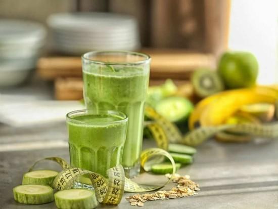 Fitness Smoothies grüner Smoothie Banane Kiwi grüner Apfel