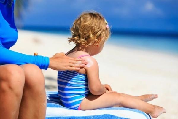 Natürliches Sonnenöl selber machen hautpflege sonnenschutz kind