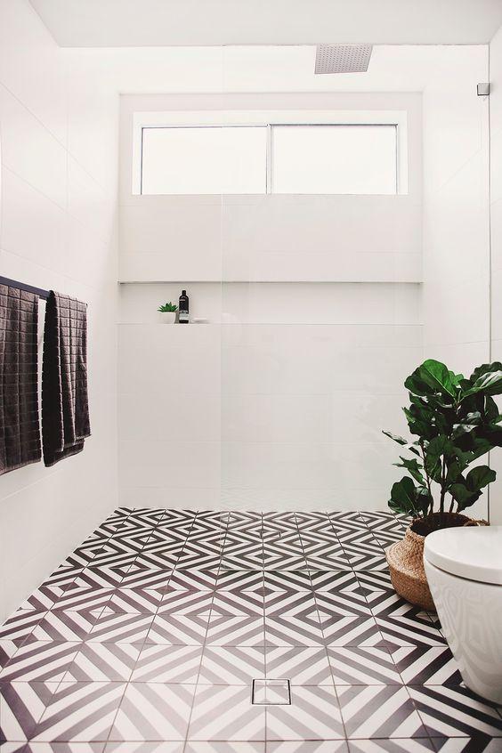 bad deko schwarz weiße geometrische muster