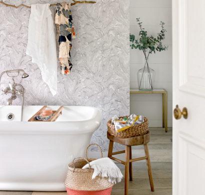 kleine zimmerdekoration idee regal badezimmer, kleines badezimmer – clevere tricks, die das bad größer erscheinen, Innenarchitektur