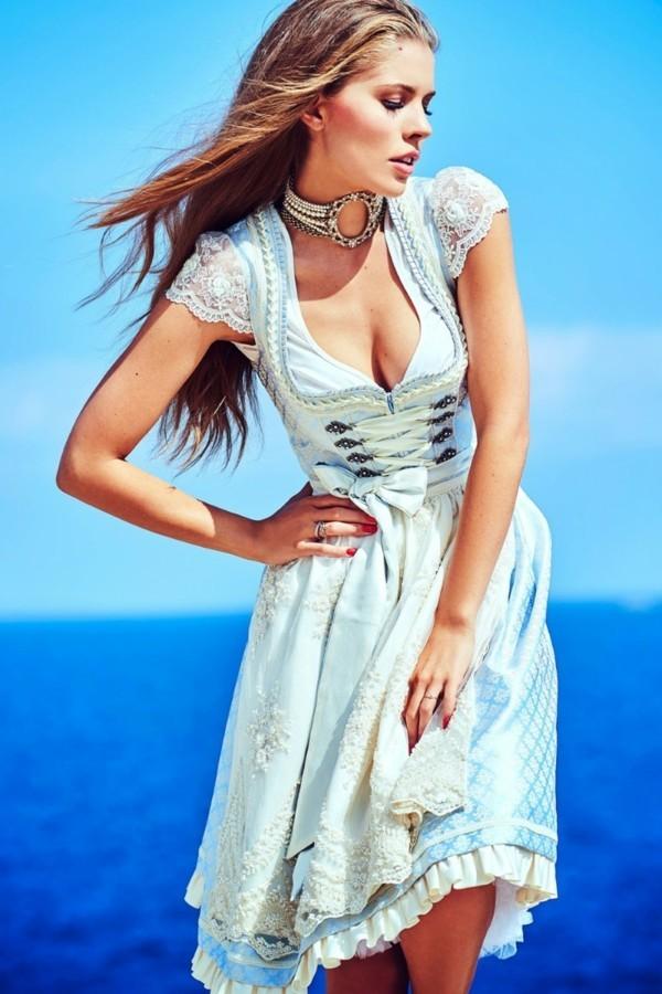 junge Frau mit krüger dirndl hocheitskleid
