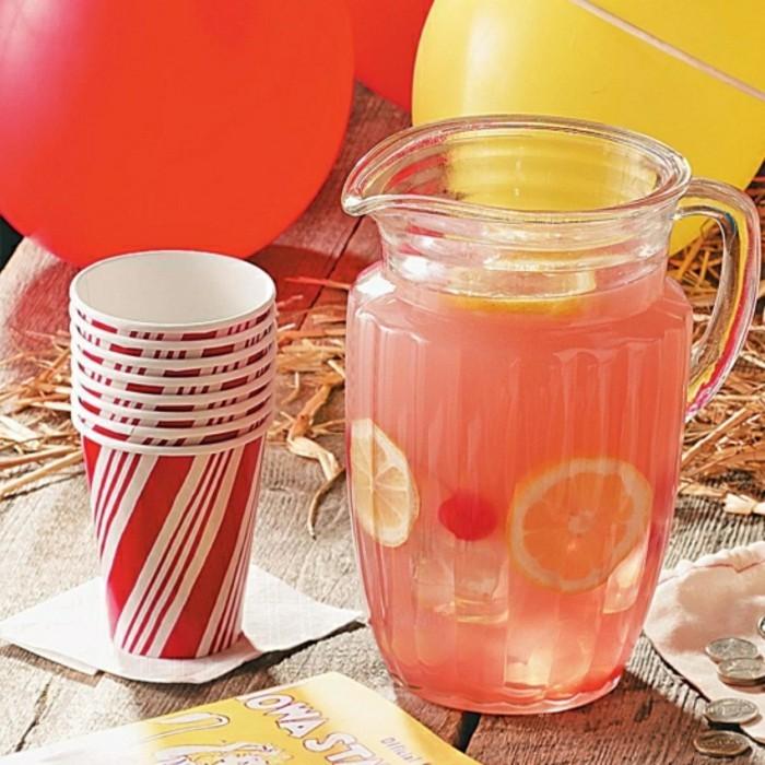 limonade ideen mit becher aus pappe