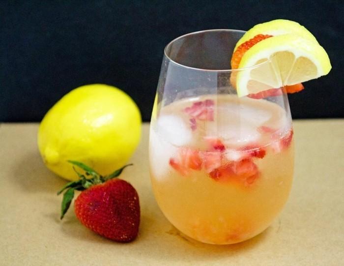 limonade ideen rot gelbe mischung