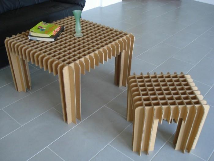 möbel aus kartons - tische