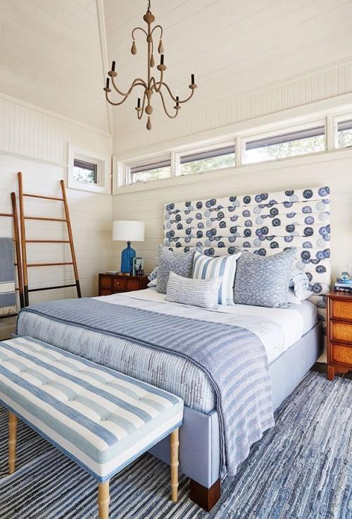 schönes Schlafzimmer blau-weiß Urlaubsfeeling