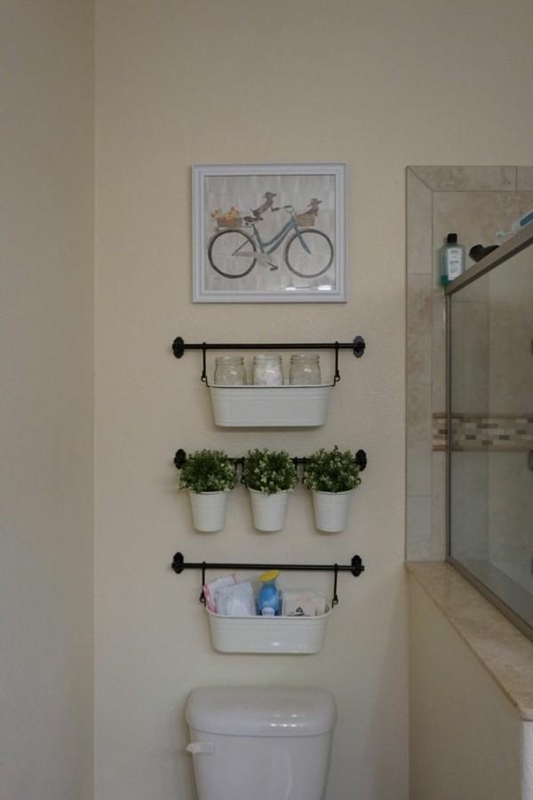 Badezimmer Ideen für kleine Bäder haengende regale