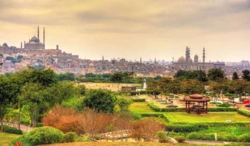 Blick auf Zitadelle und Muhammad Ali Moschee vom Al-Azhar- Park Kairo schönste Picknick Orte der Welt