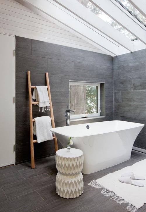 Fliesen in Betonoptik schönes Badezimmer Badewanne
