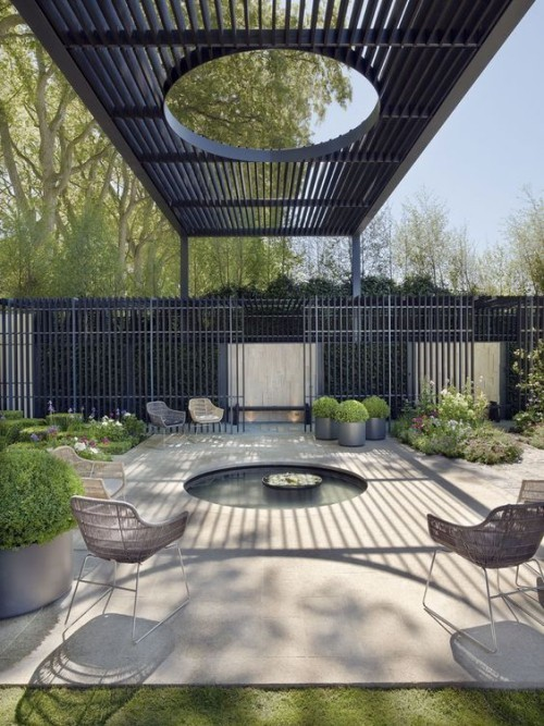 Metall und Beton Pergola Konstruktion moderne Pergola Gestaltung in Grau