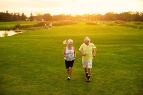 Sportliche Betätigung fit und gesund bleiben goldene Regeln für gesundes langes Leben
