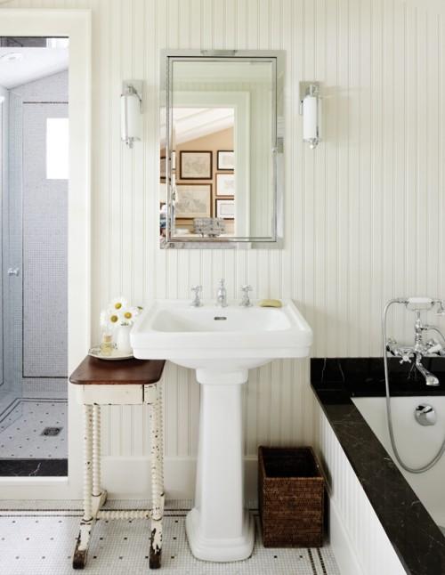 Vintage Bad Waschbecken Wandspiegel Tisch auf Rollen Badewanne