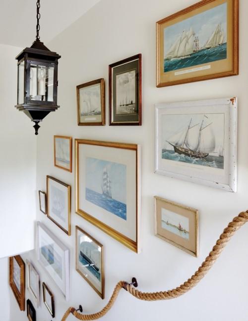 Wandbilder im Treppenhaus Meeresthematik