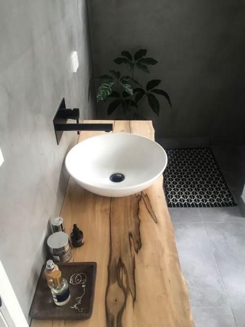 Waschtisch aus Holz