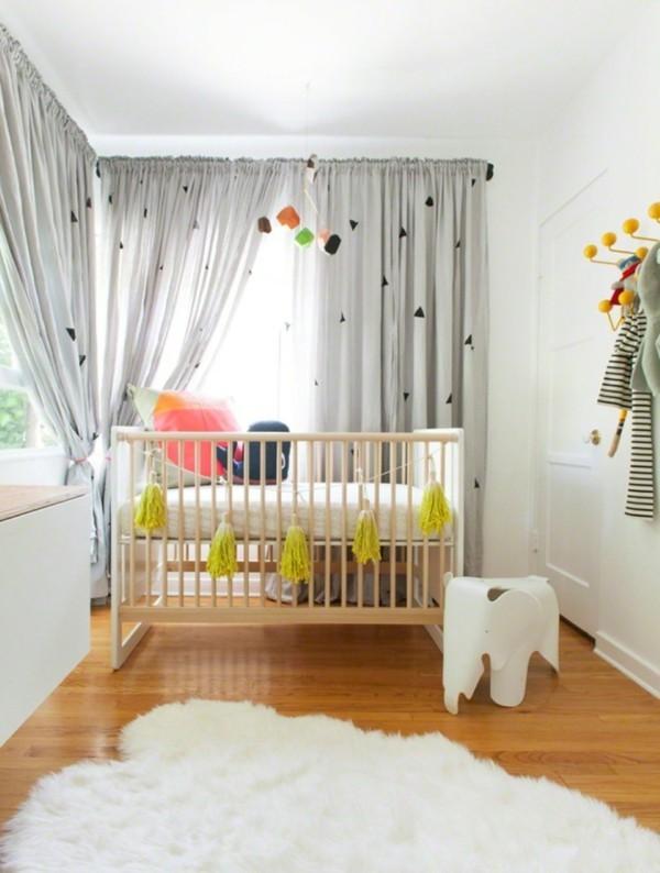 babyzimmer Deko Ideen bommel
