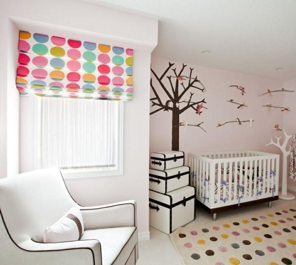 babyzimmer Deko Ideen wandgestaltung fenster rollo