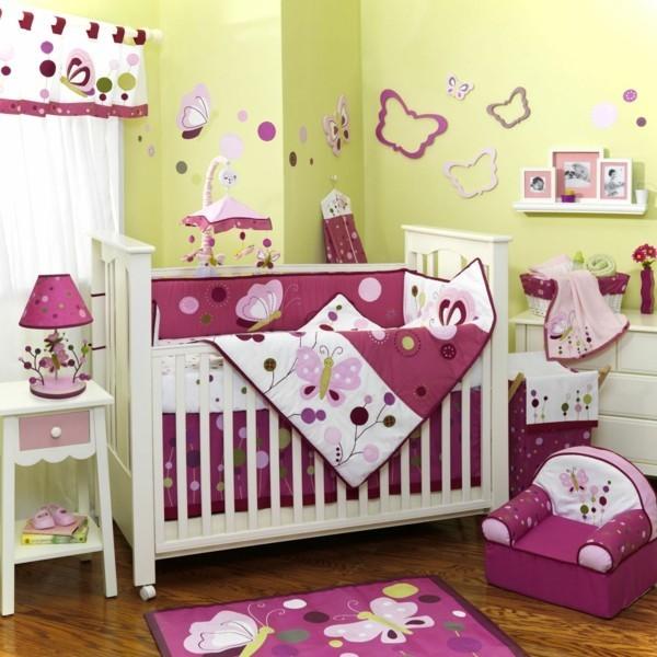 babyzimmer Deko Ideen rot gruen