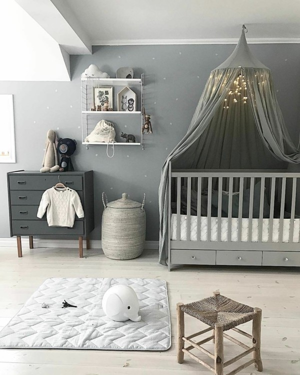 42 bunte babyzimmer deko ideen f r einen farbenfrohen start ins leben. Black Bedroom Furniture Sets. Home Design Ideas