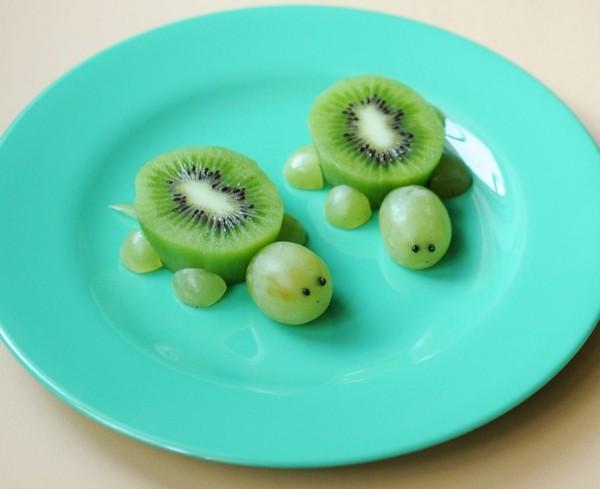 dekoideen basteln mit kindern teller anrichten schildkroete kiwi