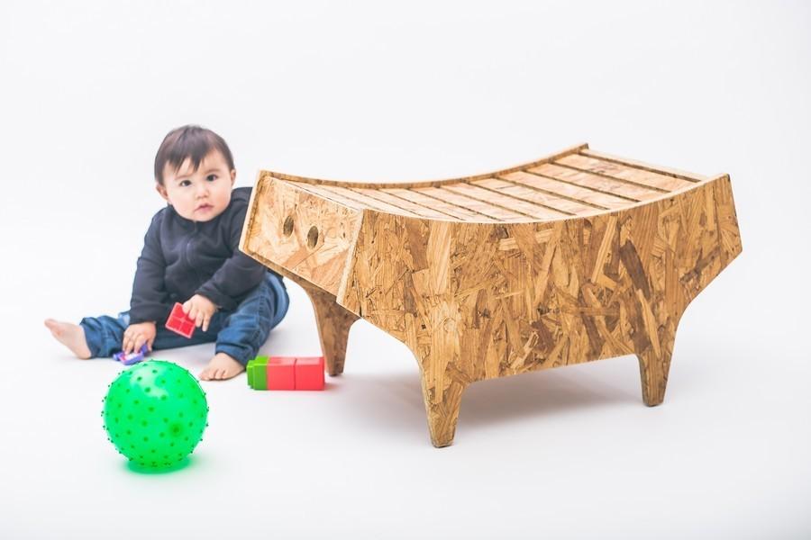 designer möbel sitz und abstellfläche