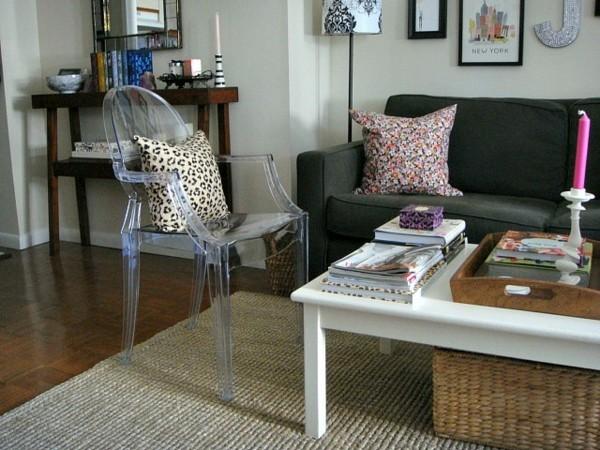 ghost chair kleines wohnzimmer mit essberecih einrichten