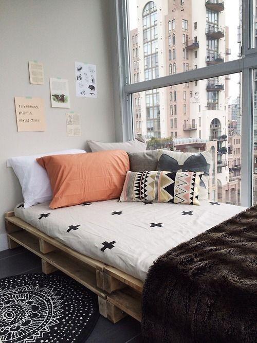 kleine schlafzimmer in einer großstadt
