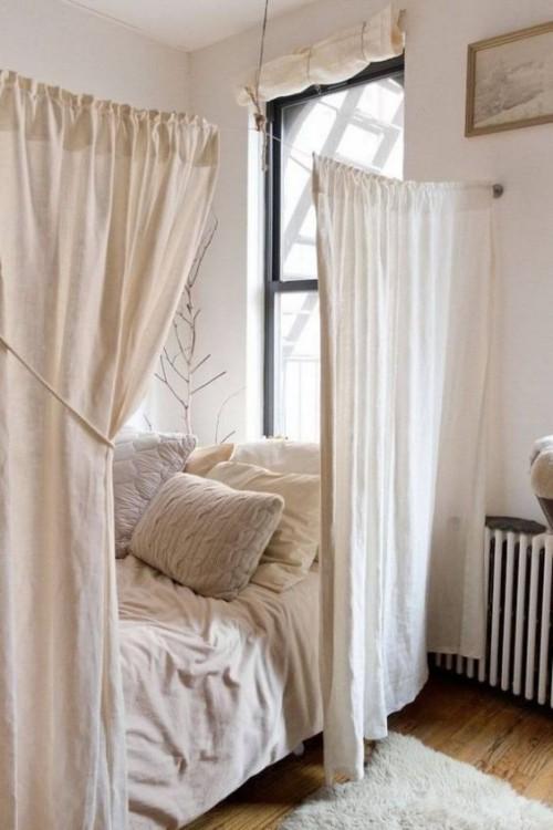 kleine schlafzimmer weiße gardinen