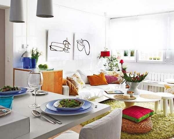 kleines wohnzimmer mit essbereich einrichten runder couchtisch