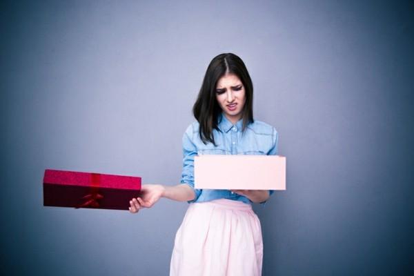 frau öffent no go geschenk ausgefallene hochzeitsgeschenke