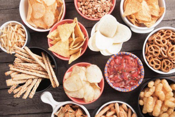 salzige lebensmittel und gesunde ernährung