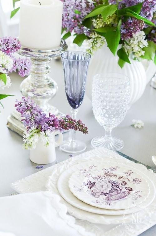 Flieder Farbe Esstisch mit Flieder dekorieren Service