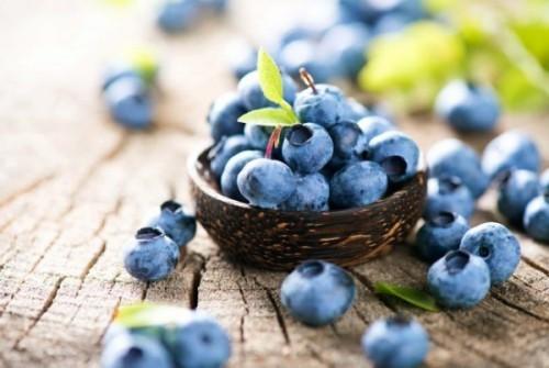 Gesunde Lebensmittel Blaubeeren voller Antioxidantien täglich etwas davon essen