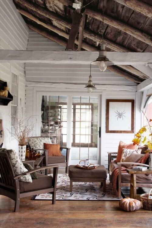 Herbstdeko basteln Wohnzimmer im Landhausstil schön dekoriert