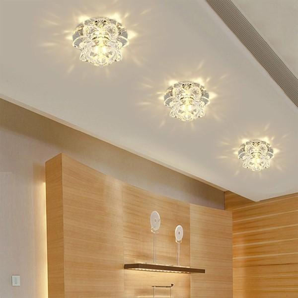 deckenlampe im flur indirekte lichtquellen
