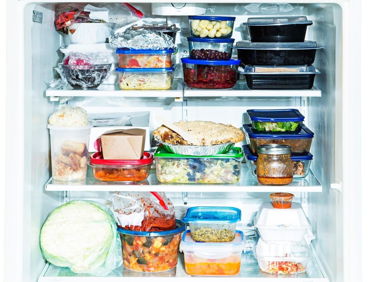gesundes essen speisen in verpackungen