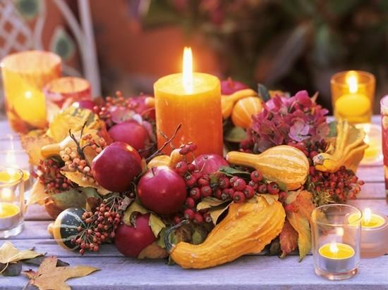 Herbstedeko für draußen Ideen Tischdeko