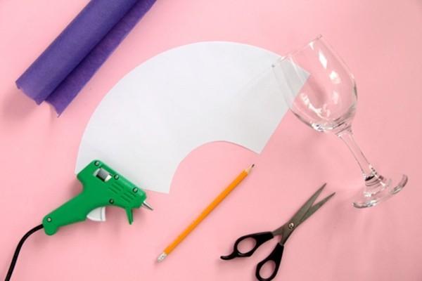 tischlampe selber machen diy ideen mit weingläsern