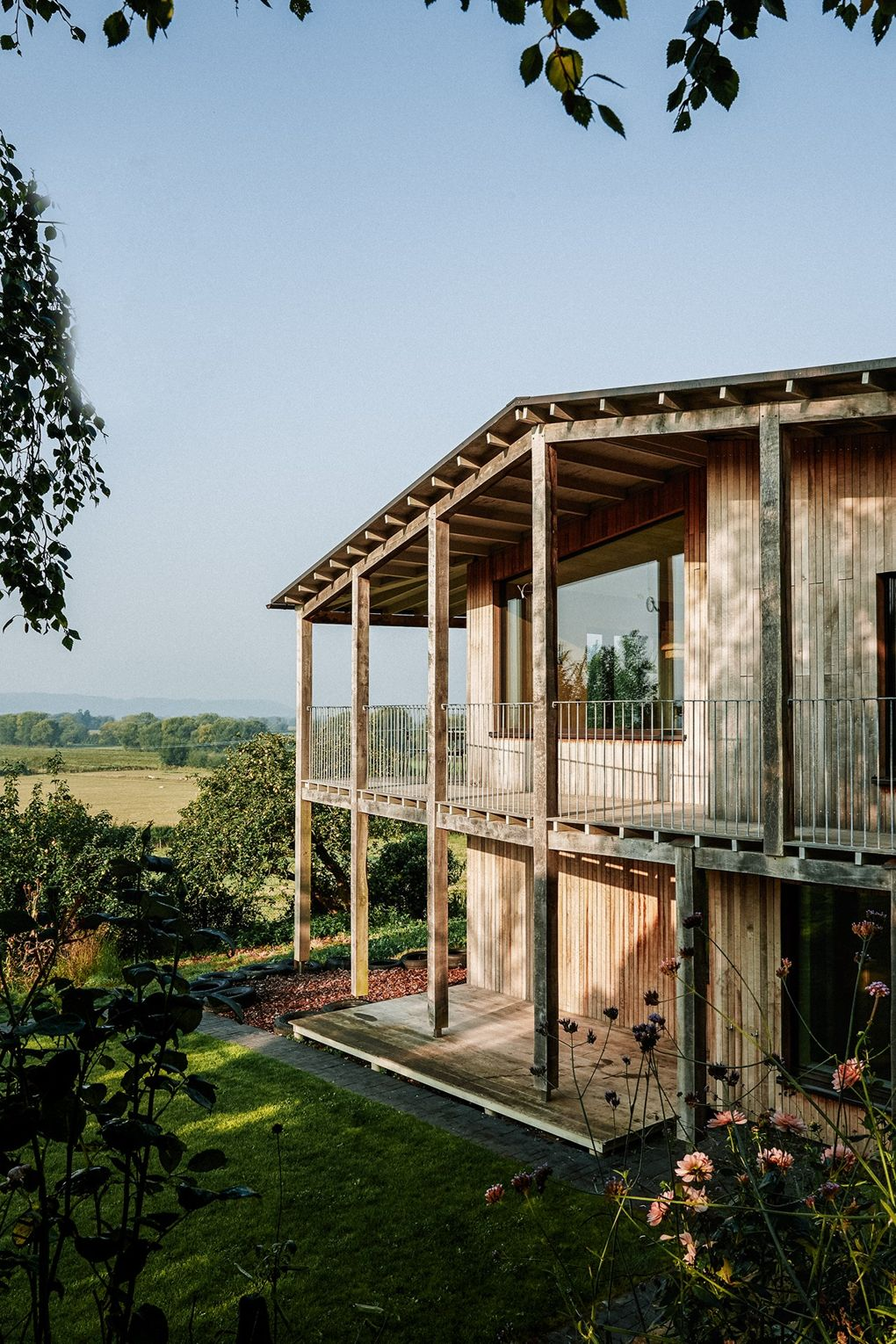 Innovative dream house in the international rural style for a pure enjoyment of nature