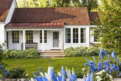 Außenbereich Bauernhaus tolle Mischung aus Texturen und Farben behaglich wirkende Veranda