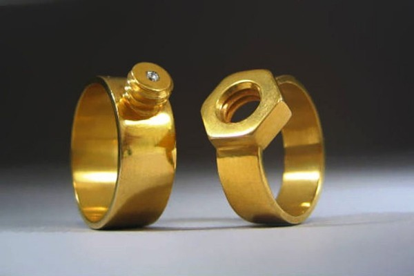 Fancy wedding bands for a unique wedding