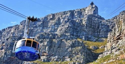 Ausgewählte Reiseziele im September Tafelberg Kapstatd Südafrika Kabinenlift