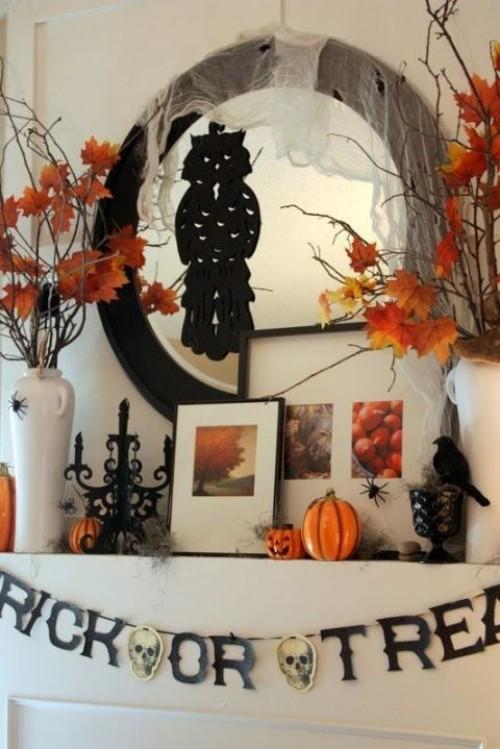 Deko Ideen zu Halloween den Kaminsims dekorieren nach Mix and Match Prinzip