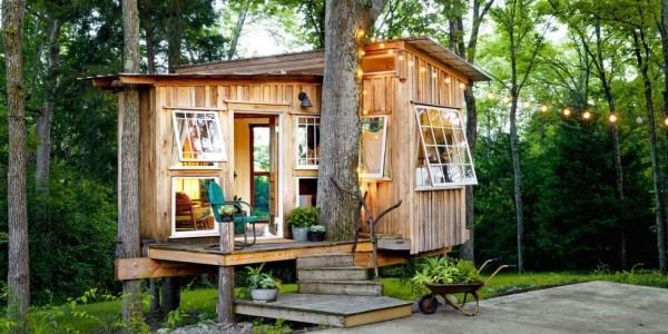 Tiny Houses kleines Holzhaus Veranda sehr romantisch