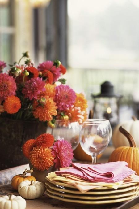 Tischdeko im Herbst Chrysanthemen