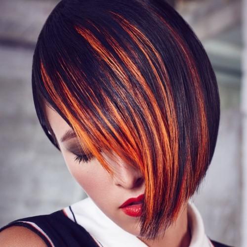 asymmetrische Frisuren feuer strähnchen