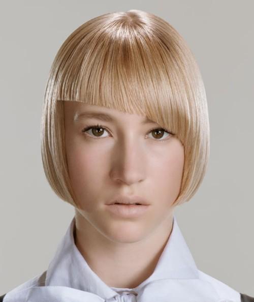 asymmetrische Frisuren keine schminke