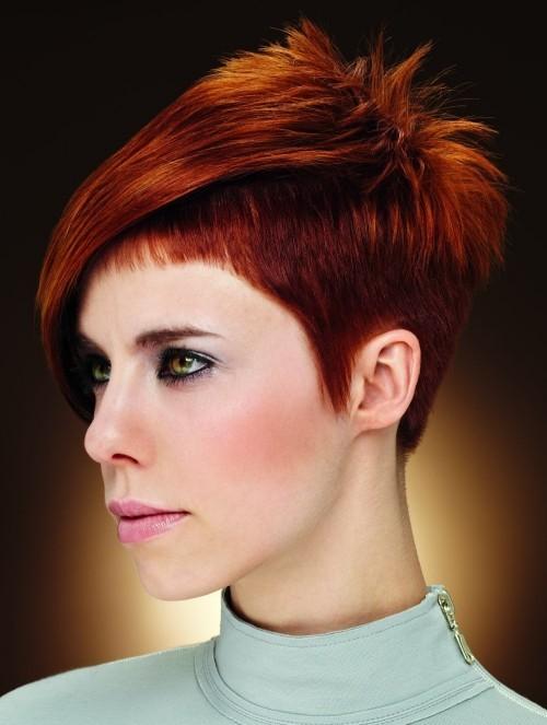 asymmetrische Frisuren rot
