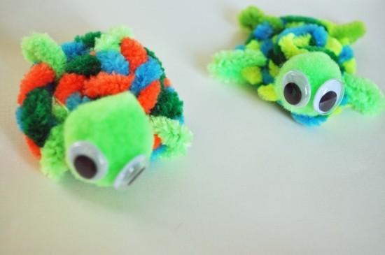 basteln mit pfeifenputzer kleine kröten selber machen