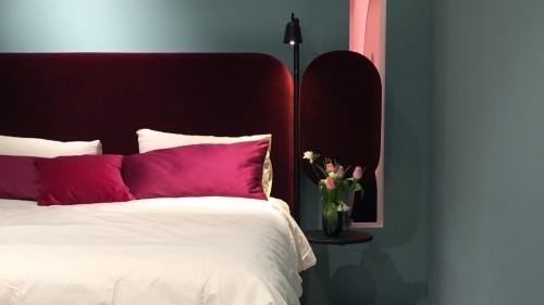 einrichtungsideen lila und rosa
