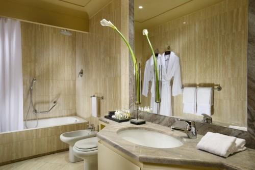 gelb graue farbe badezimmergestaltung