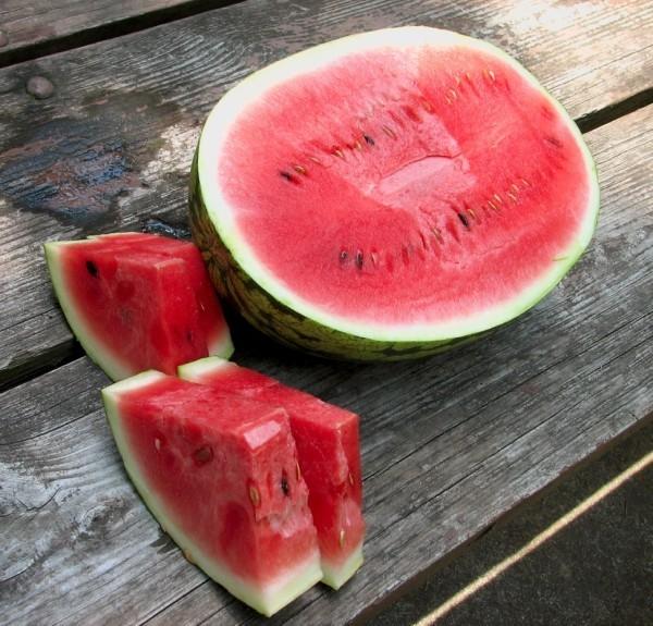gesundes leben leckere und rote wassermelone